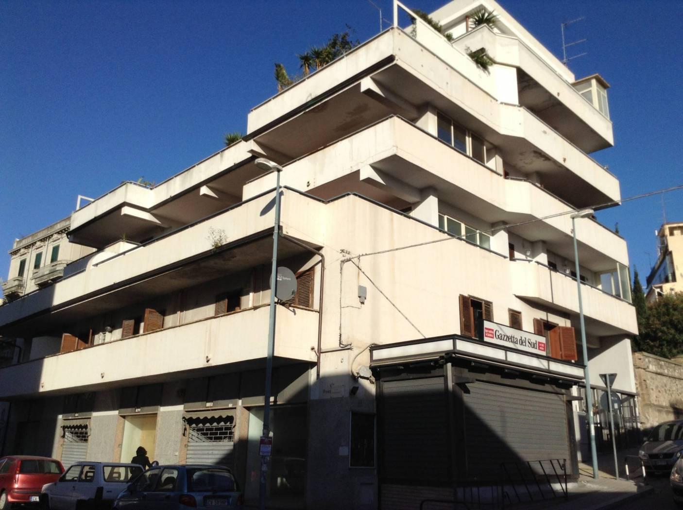 Appartamento via Possidonea, Reggio Calabria