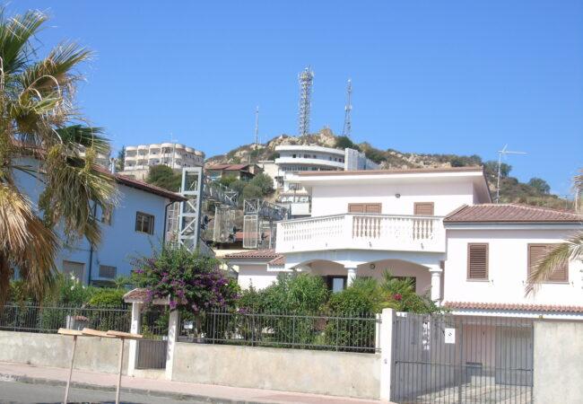 Brancaleone villa sul mare